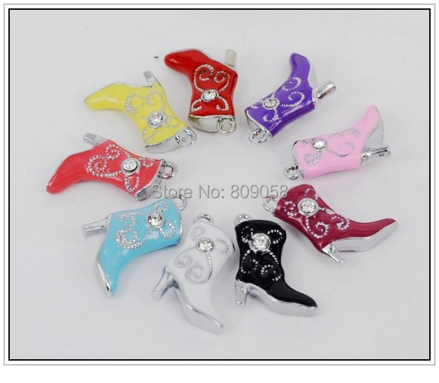 Free Express Shipping 500pcs Zinc Alloy Metal Charms Pendant Boots Trendy Metal Beads For Fancy Jewelry