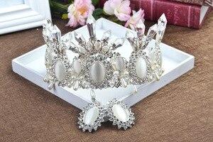Image 3 - Женская свадебная тиара в стиле барокко, с белыми/черными кристаллами