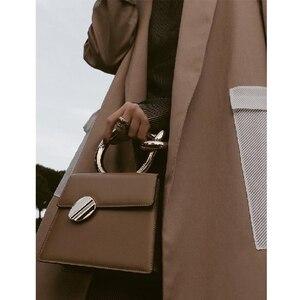 Image 3 - Casual Metalen Handvat Handtassen Vrouwen Messenger Bag 2020 Merken Kettingen Schouder Crossbody Tassen Dames Vrouwen Tas Portemonnees Bolsa Chic