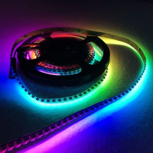 Image 3 - 3m m/rulo 144 LEDs/m DC5V SK6812 4020 yan yayan adresli LED esnek şerit, su geçirmez olmayan; IP33; siyah pcb