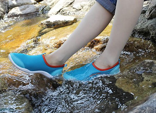 Hollow Out Breathable Casual Summer Sandy Beach Wear Shoes Women Fashion Sneakers In Fitness Cross Training From Sports Entertainment On