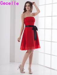 Красные, Черные Короткие линии без бретелек по колено шифон пляж Подружкам невесты Ruched Пояса нарядные платья для свадьбы индивидуальный
