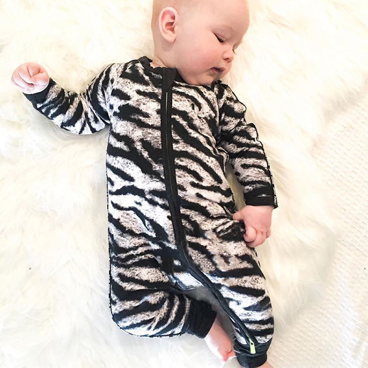 2017 New Fashion Cute Rompers Toddlers Unisex Baby Clothes Newborn Baby overalls Ropa Bebes pajamas kids toddler clothes SR133 2017 new fashion cute rompers toddlers unisex baby clothes newborn baby overalls ropa bebes pajamas kids toddler clothes sr133