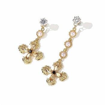 8c842e7166b8 Xiao joven clásico barroco largo corto Cruz Pendientes para las mujeres  bijoux oro-color AB design moda joyería fina al por mayor regalo
