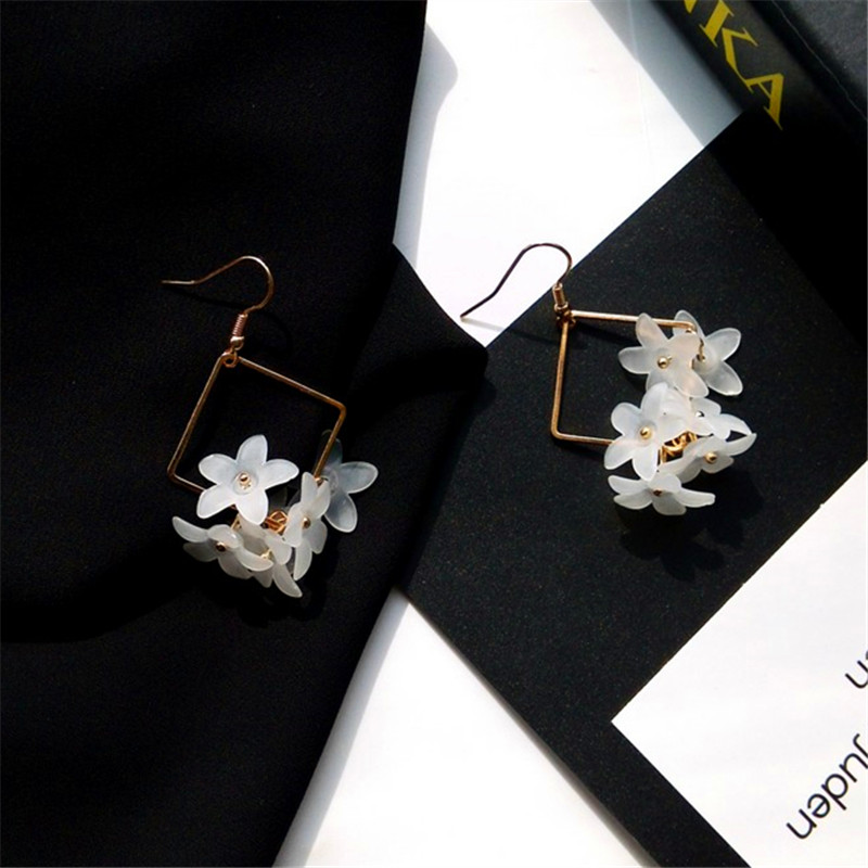 Drop Earrings Bfh Korea Fashion Sweet Flower Crystal Drop Earrings For Women Wedding Simple Temperament Wild Gold Long Earring Jewelry Gift Complete Range Of Articles