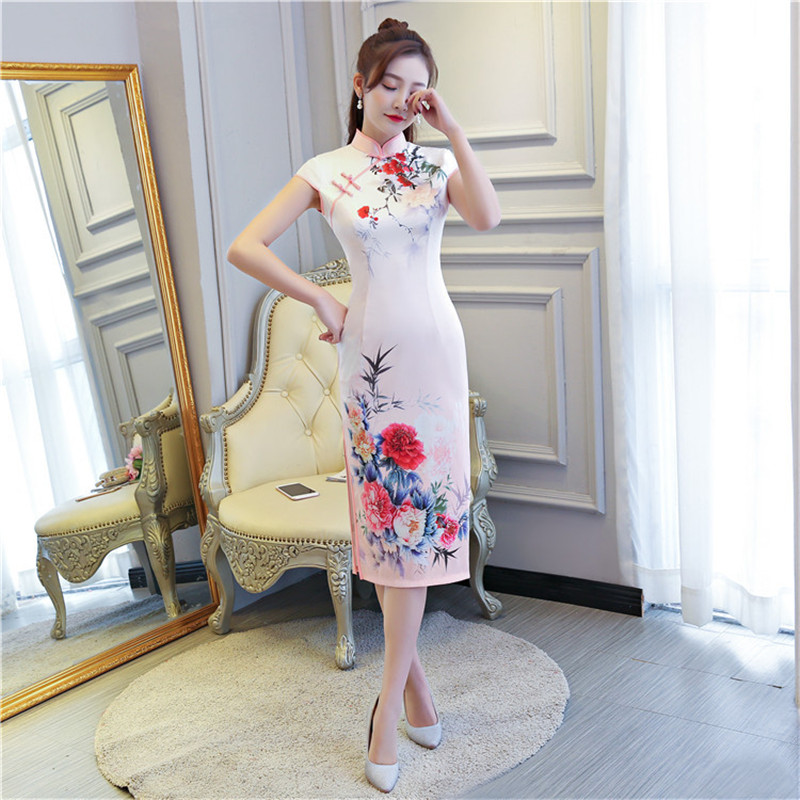 2018 New Pink Traditional Chinese Women Dress Vintage Flower Satin Short Sexy Qipao Novelty Handmade Button