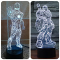 The Avengers Iron Man 3D Ilusión Luces LED 2016 Nuevo Super héroe de Acrílico Led Lámpara de Mesa de Regalo de Los Cabritos Juguete de Destello Colorido Gradiente