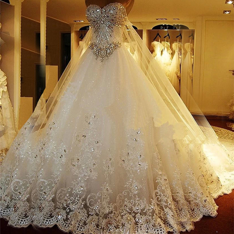 2017 sweetheart sparkly bling crystal princess cathedral for Bling princess wedding dresses
