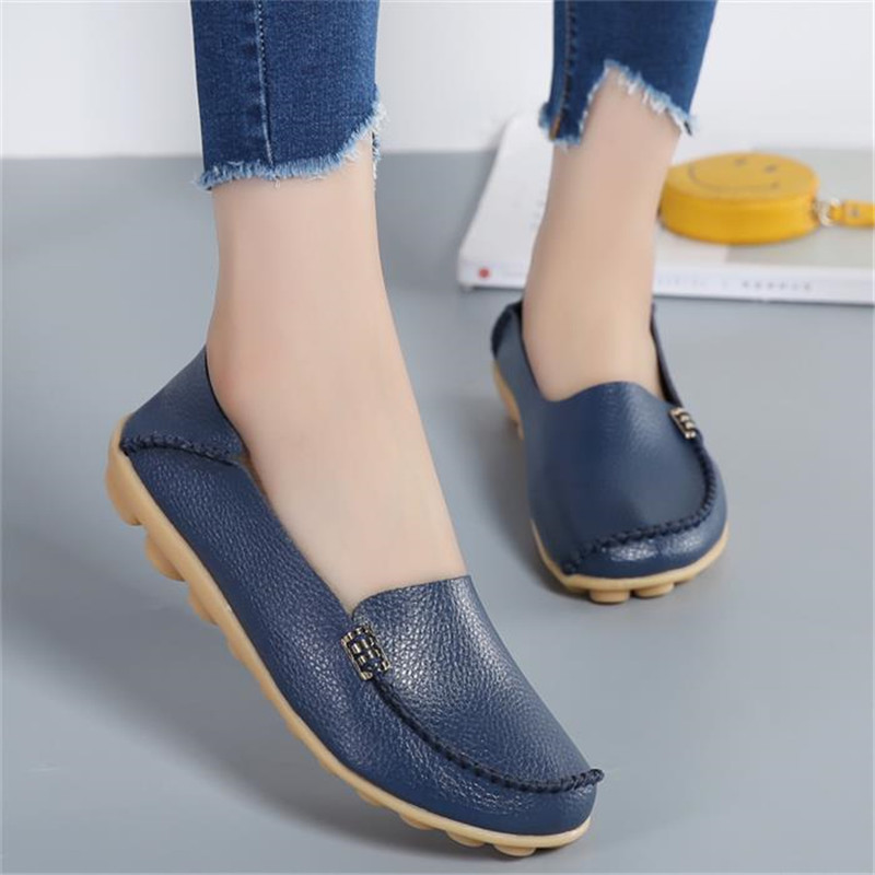 Fashion Women Casual Shoes Spring Women Flats Solid Color Loafers Mother Leather Shoes Ladies Slip On Female Flats 2018 SRT432 cresfimix zapatos women cute flat shoes lady spring and summer pu leather flats female casual soft comfortable slip on shoes