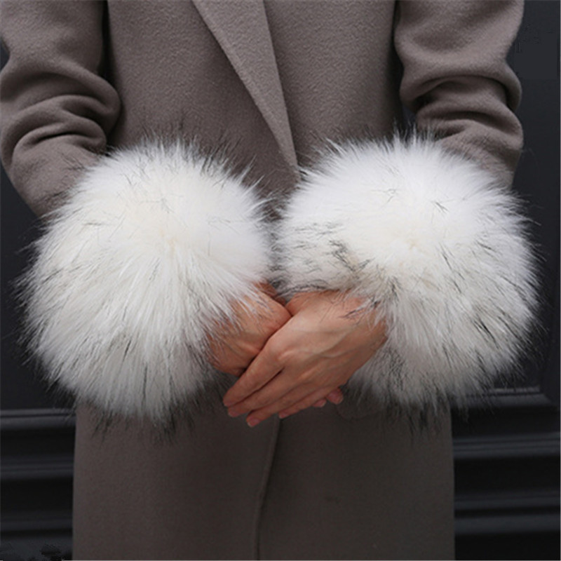 1 Pair Oversized Sleevelet Faux Fur Hand Ring Windbreak Lovely Wrist Muff Arm Sleeves For Women Warmers Winter