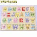 UTOYSLAND Kid Primeros juguetes educativos mano del bebé agarre alfabeto aprendizaje educativo juguete de madera del rompecabezas niño rompecabezas de madera de juguete