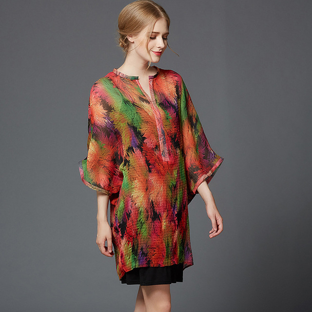 Lssey Miyake wrinkles bat sleeves big size printed shirt pressure pleat new fashion casual pullover.