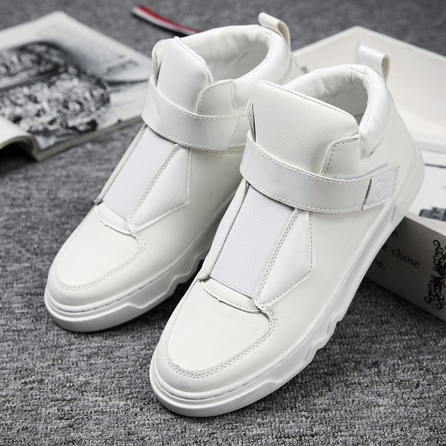 41683dd2413 Fires-Men-Casual-Shoes-Black-White-Adult-Fashion-Shoe-Comfortble-Artificial-Leather- New-Arrival-Outdoor-Sneakers.jpg_640x640.jpg