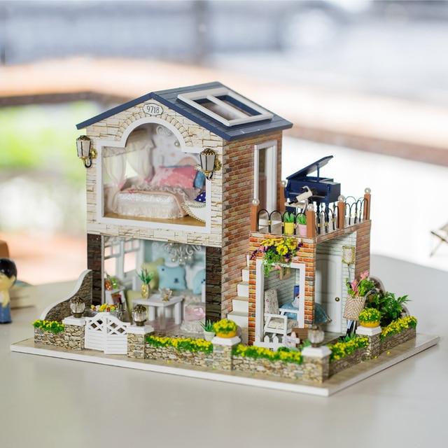 DIY wood Handcraft 3D Handmade dolls house kits english instrution