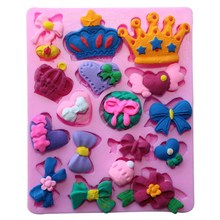 3D Christmas Crown Silicone Fondant Cake Mold DIY Chocolate Cookies Decorating Mould Shaper Kitchen Bakery Baking Tools Bakeware