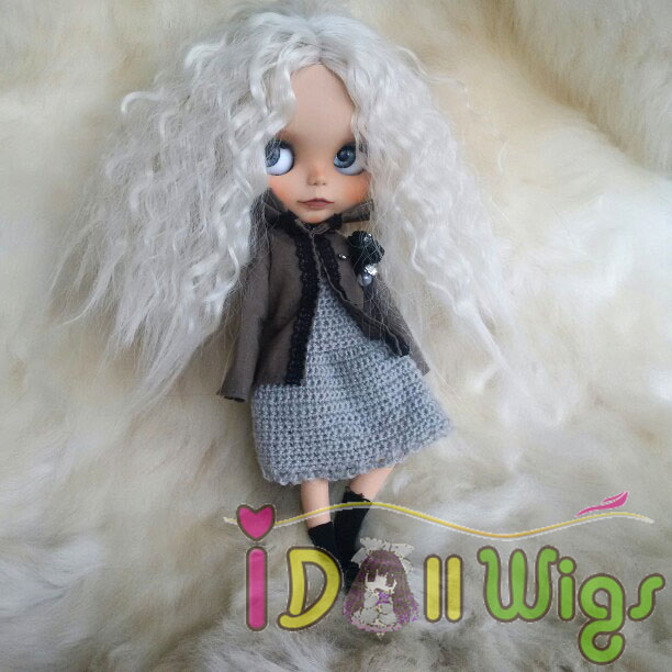 White Afro Wavy Doll Hair Finished Wigs For Bly The Pullip Doll With 25cm Head Circumference