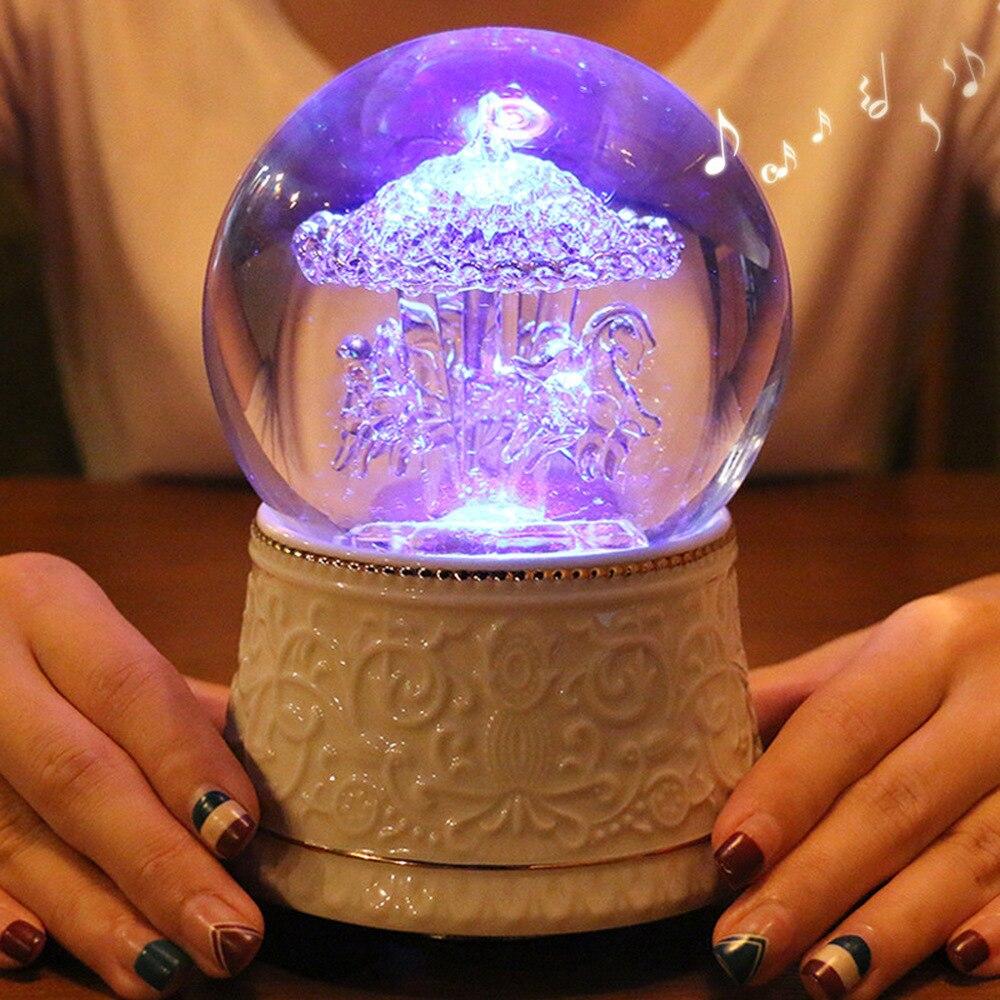 Verre cheval de troie boule de cristal boîte à musique luminescente boîte à huit tons cadeau de noël pour les filles LM01101710