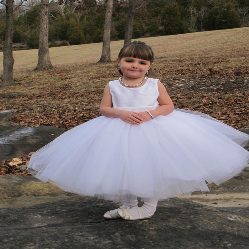 Tulle Spring Pretty Flower Girls Dresses White Kids Evening Gowns Ball Gown Mother Daughter Dresses Holy Communion Dresses new spring pretty flower girls dresses tulle communion gown ball gown mother daughter dresses lace holy communion dresses