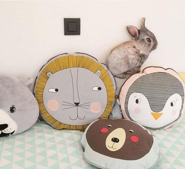 Leones Oso Pingüino Ins Caliente Niño Niños Almohada de la Cama Dormitorio Cojín del Asiento de coche de Sueño Tranquilo Bebé de la Felpa Muñeca de Juguete Decoración regalo