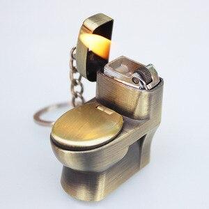 Image 2 - Briquet en Butane, porte clés pour toilettes, jouets créatifs, compacts, amusants, pour toilettes, bol pour toilettes, gonflé, chaîne métallique