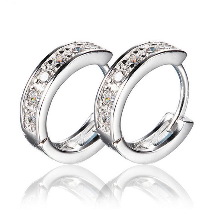 4771fac6435 2018 Nova 925 Sterling Silver brincos pequenos brincos de jóias da moda  silm cilp círculo brinco de cristal pedra brinco de argola para as mulheres  de ...