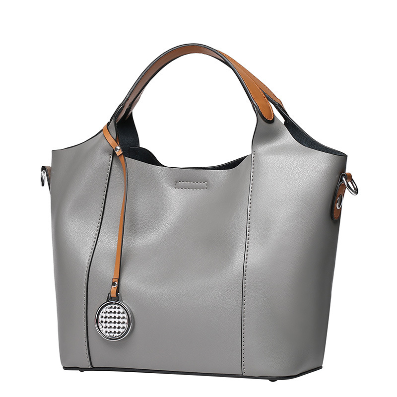 4016716f08fe Luxury Genuine Leather Bags for Women 2018 Ladies Designer Handbags Women  Leather Handbag Female Hobo Bag Black Gray Green B106-in Shoulder Bags from  …
