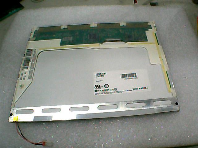 LB104S01(TL)(01) LB104S01(TL)(02) LCD Displays m5r110 01