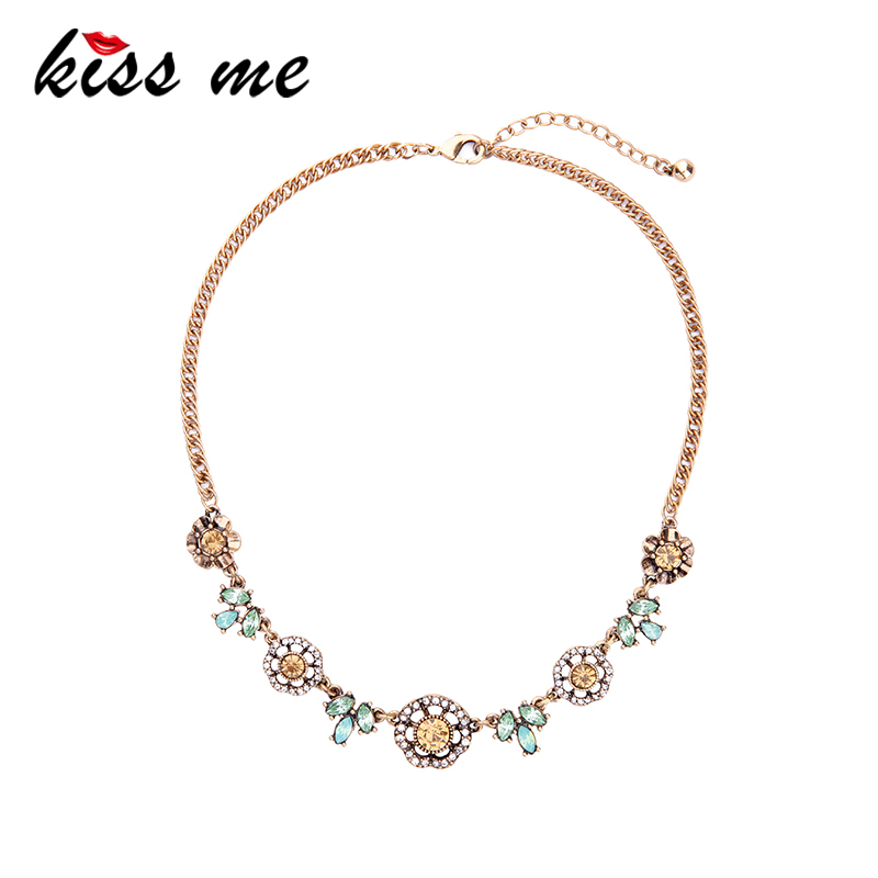 KISS ME Charming Crystal Flowers Necklace Antique