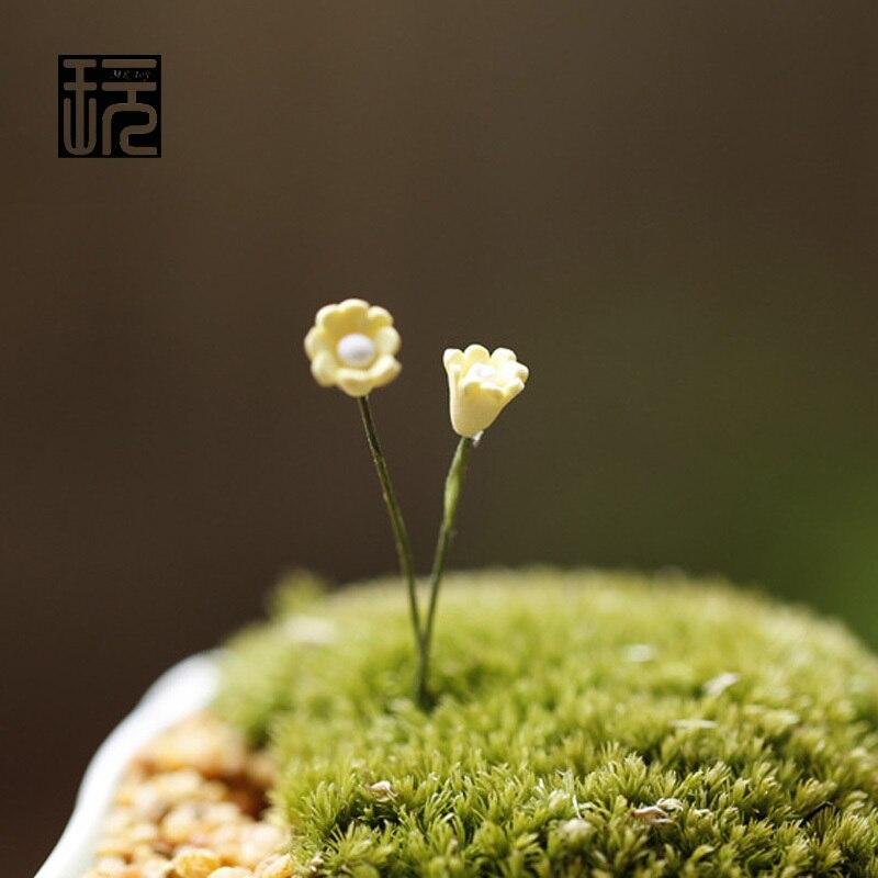 Mini Beige Little Flowers Fairy Garden Miniatures DIY Doll House Decoration Terrarium/ Succulents/ Micro Landscape Decorations