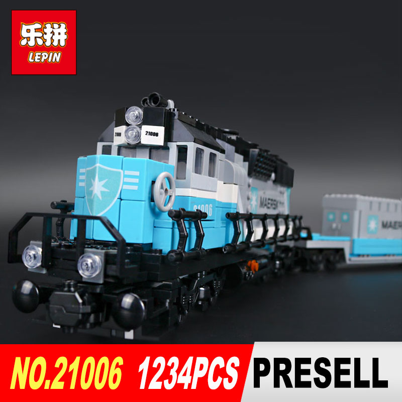 Lepin 21006 1234Pcs Genuine Technic Ultimate Series The Maersk Train Set Building Blocks Bricks Educational DIY Toys 10219 lepin 22002 1518pcs the maersk cargo container ship set educational building blocks bricks model toys compatible legoed 10241