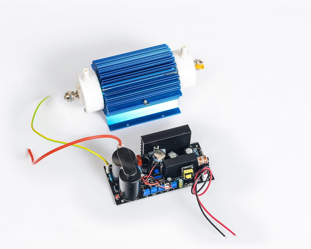 Pinuslongaeva CE EMC LVD FCC 10 g/h 10 grammes type de tube de Quartz générateur d'ozone Kit générateur d'ozone pour piscine 10 tonnes