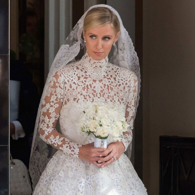 White Lace Bridal Veil 2 Meters Chapel Train Lace Wedding Veil Romantic Wedding Accessories 2017 Elegant Women V90