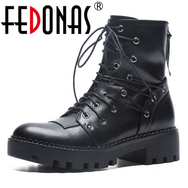 FEDONAS Black /White Platforms Boots Punk Rock Motorcycle Boots Chunky Ankle Boots High Heel Martin Boots Rivets Punk Shoes цены