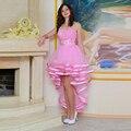 Corto de Color Rosa vestidos de Baile 2017 Alto Bajo Un Hombro Rebordear Sash vestidos de Fiesta de Graduación Vestido de cóctel courte robe de bal