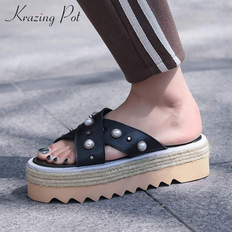 Krazing Pot new cow leather fashion summer round peep toe mules beach holida med heels pearl-studded women platform sandals L38 krazing pot shoes women full grain leather mules hollywood peep toe metal chain decorations sandals summer outside slippers l88
