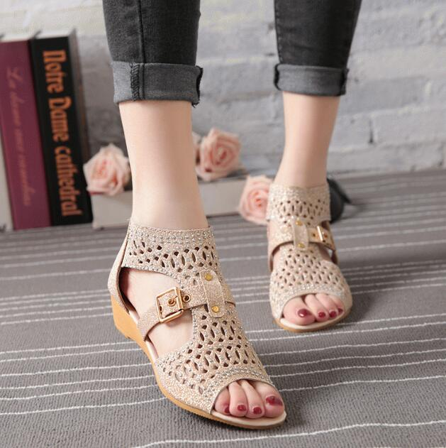 2019 new summer fashion brand Roman style ladies high to help leather rhinestone buckle beach sandals casual shoes C0693 in Low Heels from Shoes