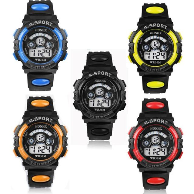 #5001 stile di Modo di sport Impermeabile Per Bambini Boy Quarzo Digitale LED Alarm Data di Sport Orologio Da Polso