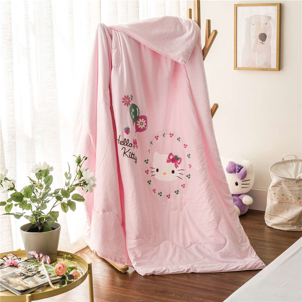 Baby bed quilt size - Cute Pink Hello Kitty Printed Bedding Summer Polyester Quilts Comforters Girl S Baby Bed Single Twin Full Queen Size Home Decor