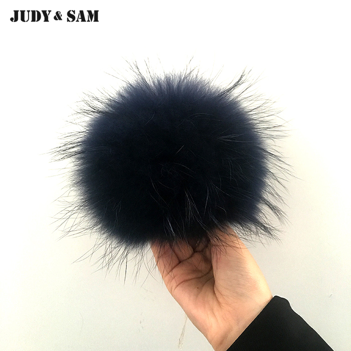 Wholesale 15PCS/Lot Big 14-15cm Real Raccoon Fur Pom Pom Fur Ball for Men's   Skullies     Beanie   Hats Coat and Shoes Accessories