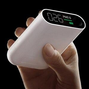 Image 2 - Портативный детектор воздуха Xiaomi Smartmi PM2.5 PM 2,5, миниатюрный чувствительный монитор качества воздуха Mijia для дома, офиса, отеля, светодиодный экран Mi