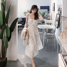 Mishow 2019 Women New Fashion Strapped Sweet Dresses V-Neck Sleeveless Floral Printing Sling Dress Summer Long Dress MX19B1191(China)