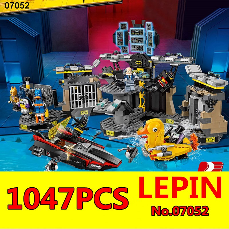 Batcave Break-in Building Blocks Bricks LEPIN 07052 1047Pcs Genuine Batman Movie Series 70909 Education Toys Model Children Toys free shipping super big size 12 super mario with star action figure display collection model toy