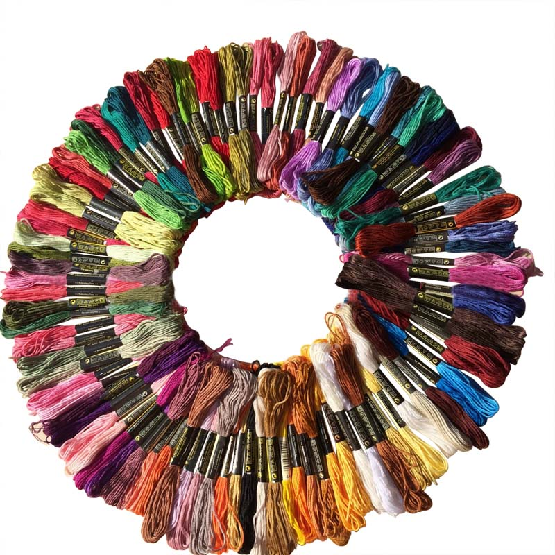 Nuovo 100 Pz Multicolor Casuale DMC Cotone Filo da Ricamo Filo Interdentale Per Cucire Matasse Craft Knitting Spiraea Dropshipping Hot