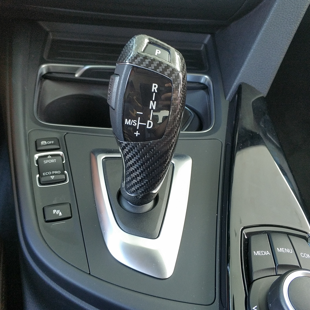 Real Carbon Fiber Automatic Speed Gear Shift Knob Head Cover For BMW 1 2 3 4 5 6 7 Series X3 X4 X5 X6 Car AccessoriesReal Carbon Fiber Automatic Speed Gear Shift Knob Head Cover For BMW 1 2 3 4 5 6 7 Series X3 X4 X5 X6 Car Accessories