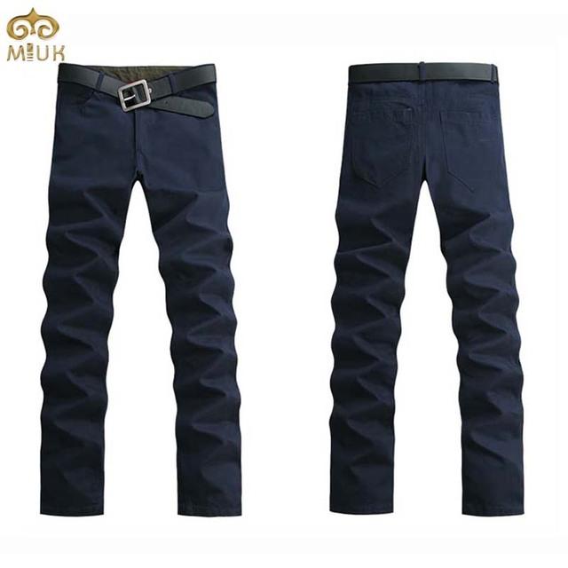 Miuk hombres pantalones de gran tamaño sólido 44 42 9 colores negro azul marino recta de longitud completa pantalones de algodón khaki pantalon homme 11.11 2017 nuevo