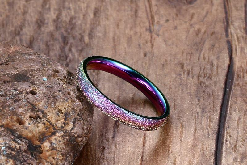 Купить модные блестящие полированные цветные кольца из нержавеющей