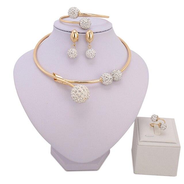 8976d4cde06c ZuoDi moda mujeres boda joyería del Color del oro fija la joyería para La  novia collar y pendientes y pulsera y anillo