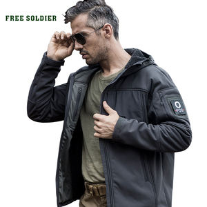 Image 1 - 무료 군인 야외 스포츠 캠핑 하이킹 전술 군사 남자의 소프트 쉘 재킷 바람 따뜻한 방수 코트 여행 천