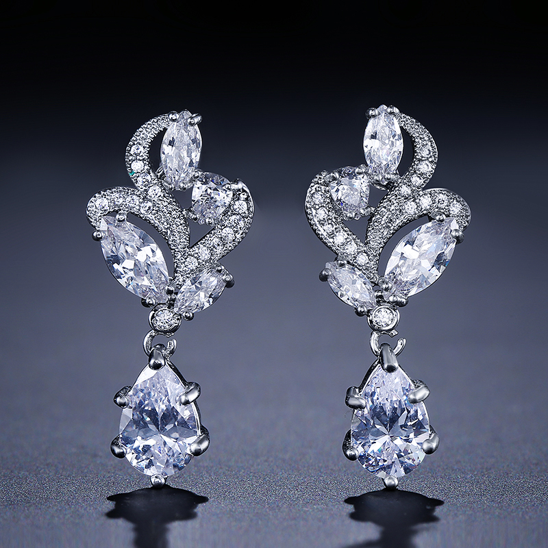 ZAKOL Elegant Fashion Marquise Stone Cluster Flower Pear Shape Cubic Zirconia Dangle Drop Ականջօղ հարսանիքի համար FSEP263