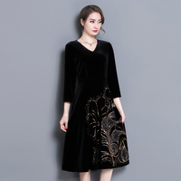 Sequin Embroidery Pattern Of Gold Velvet Dress V Neck Women Fashion Seven Sleeve Black Slim Clothes